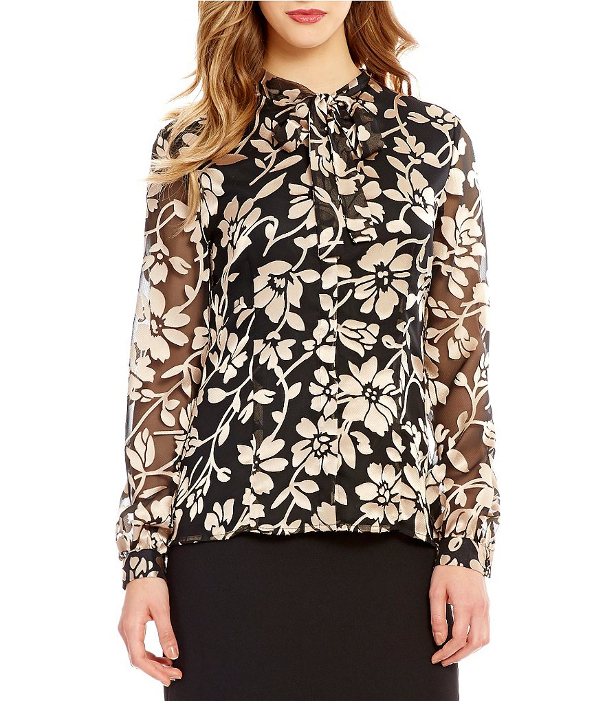 Preston & York Goldie Chiffon Point Collar Blouse