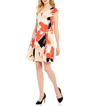 Ellen Tracy V-Neck Cap Sleeve Abstract Brushstroke Floral Crepe Fit-And-Flare Dress