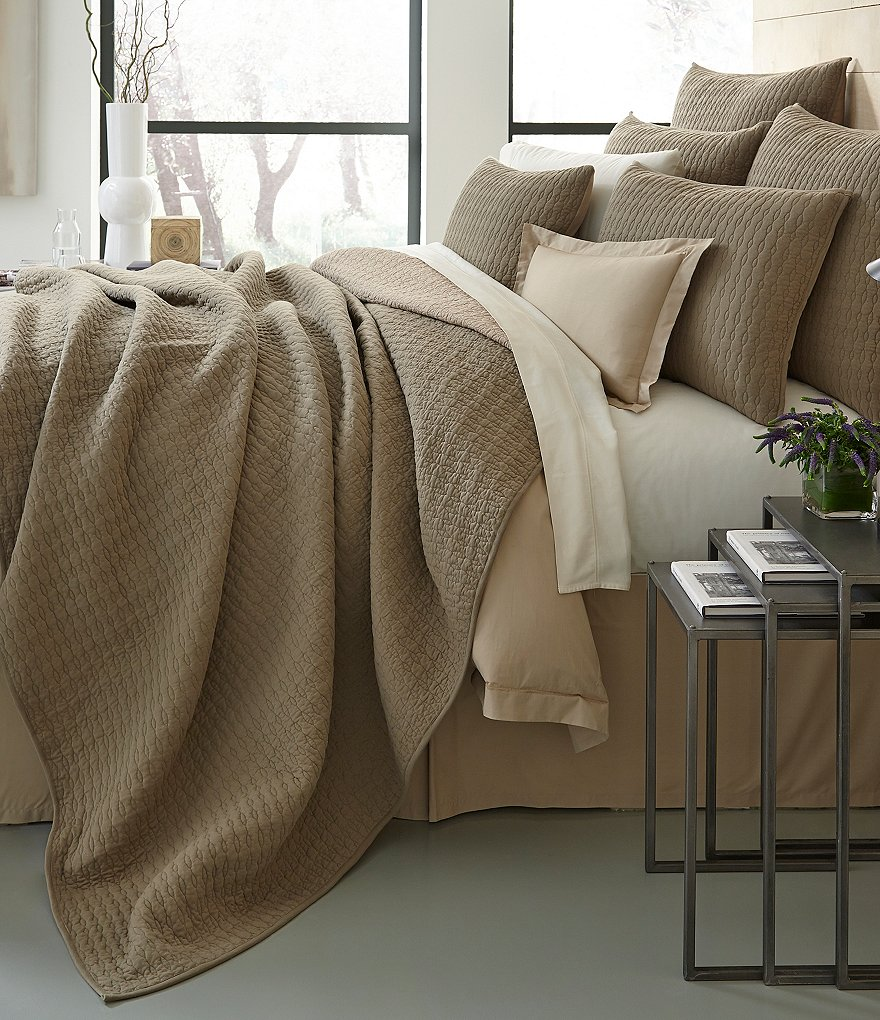 Moderne by Noble Excellence Nova Embroidered Cotton Quilt