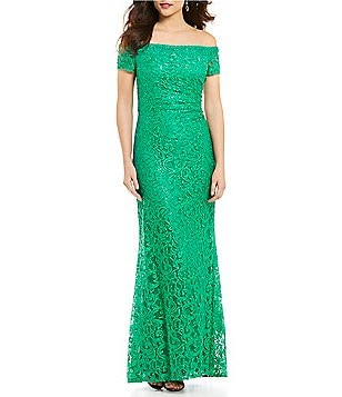 Carmen Marc Valvo Infusion Off-the-Shoulder Lace Gown