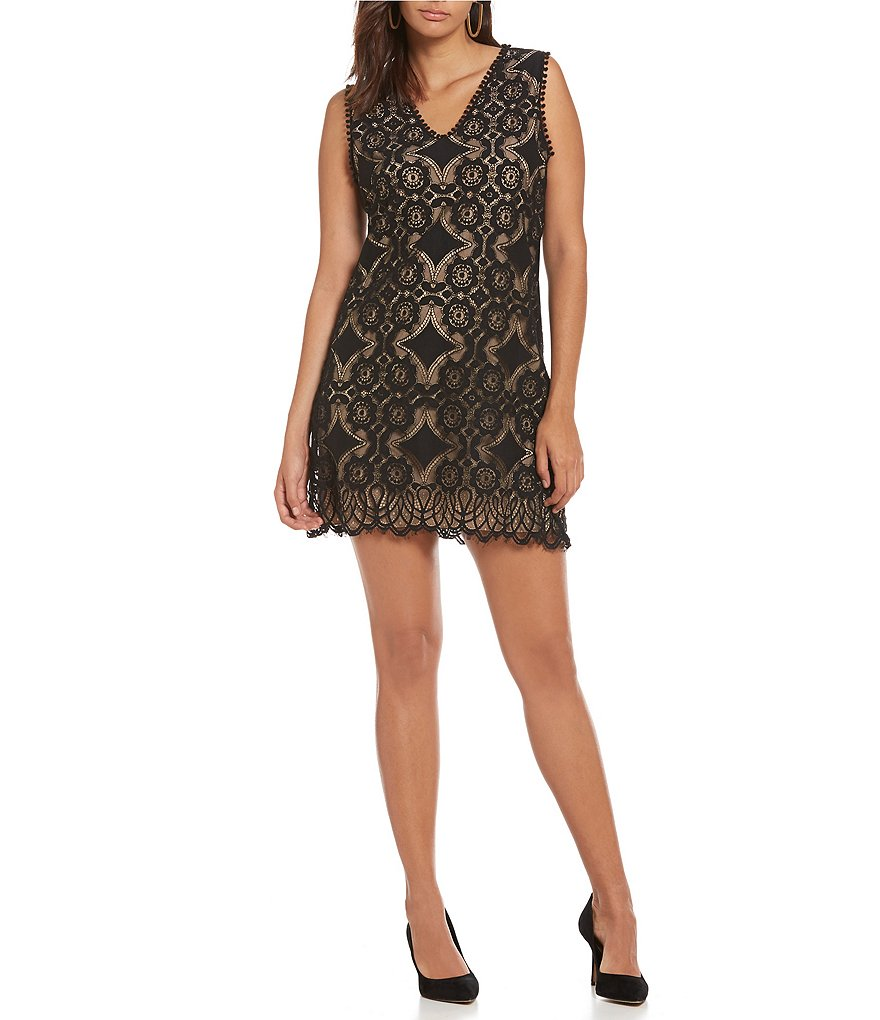 M.S.S.P. Lace V-Neck Sleeveless Shift Dress