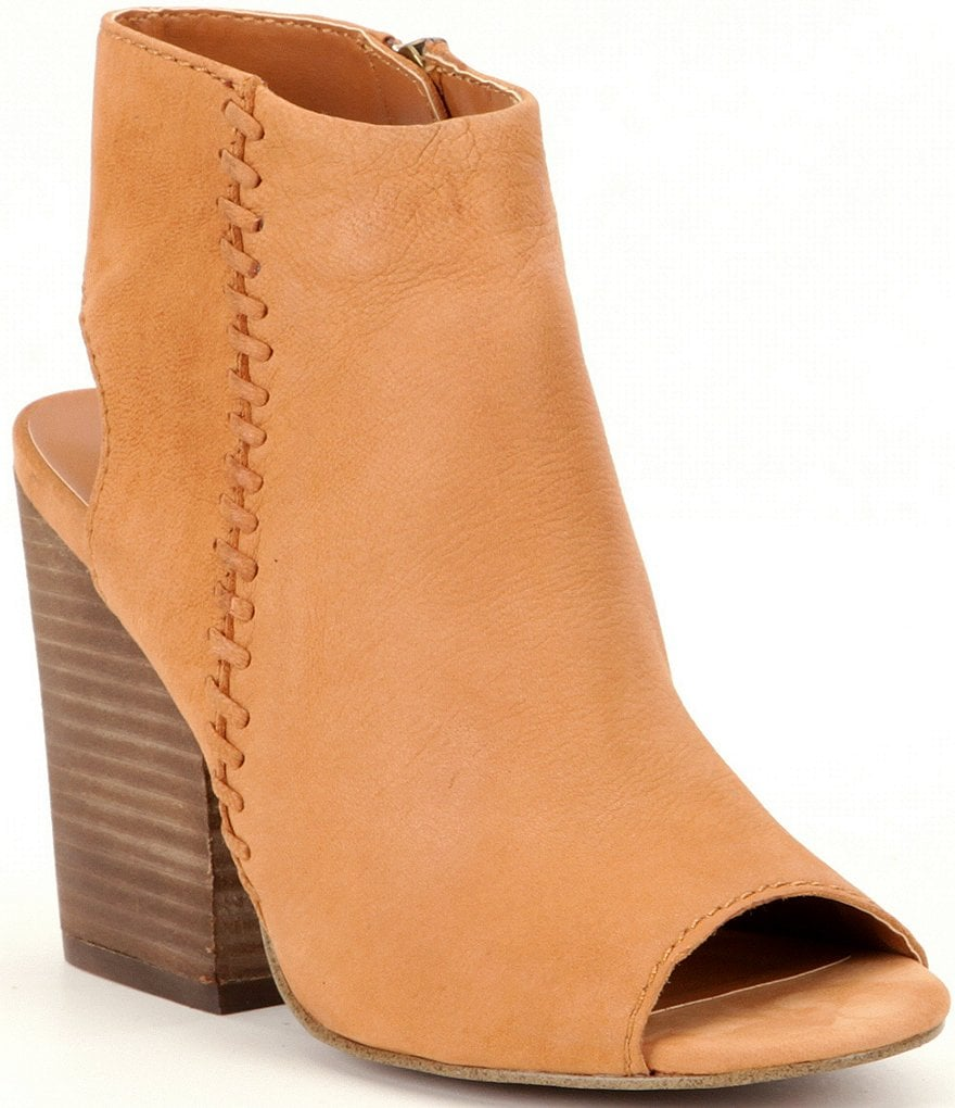 Steve Madden Mingle1 Booties