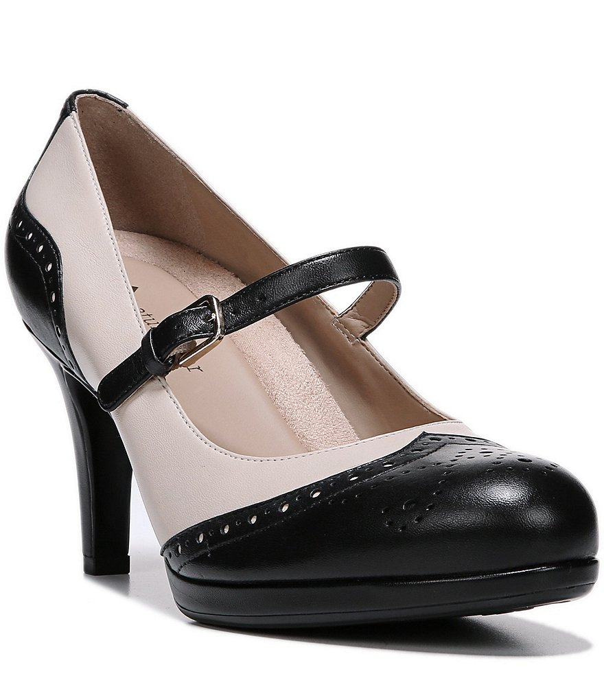 Naturalizer Madelen Pumps
