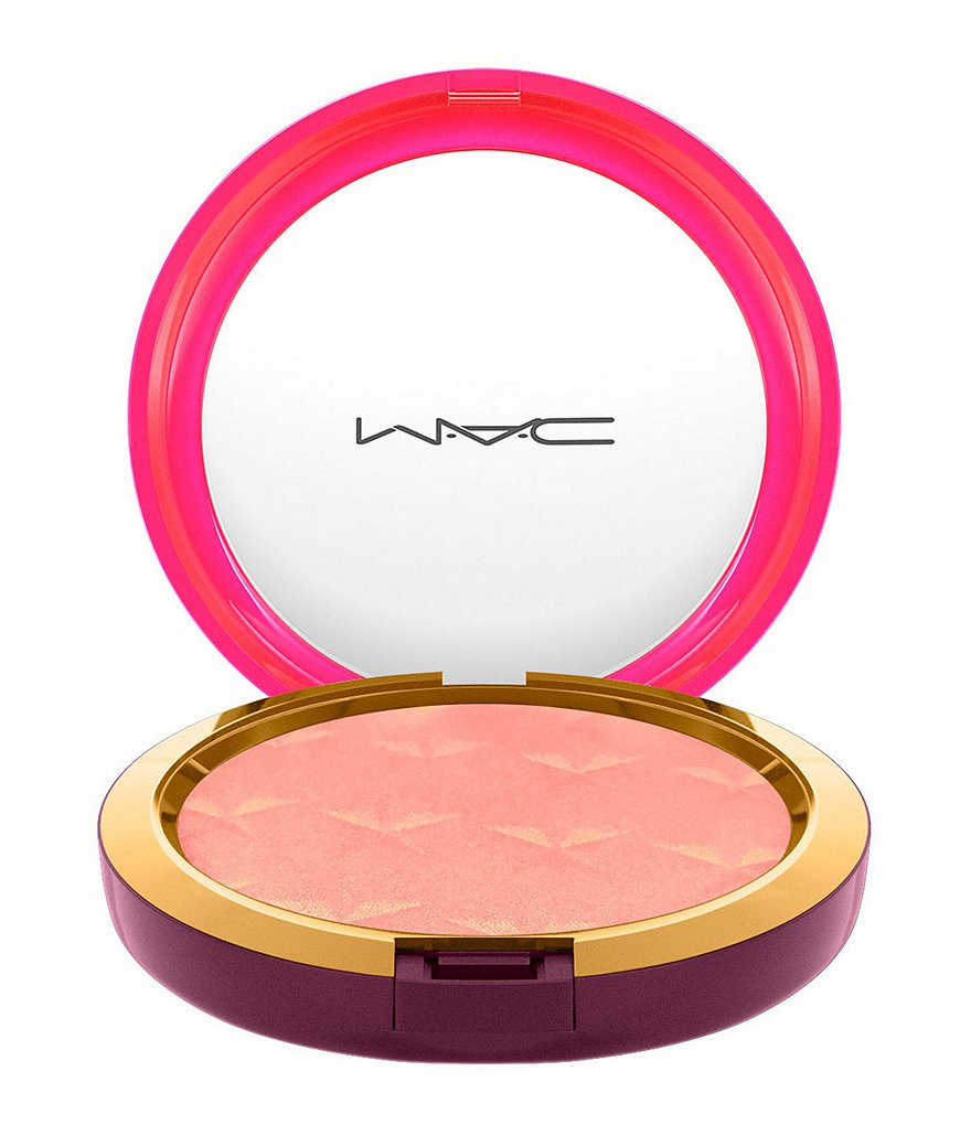 MAC Limited-Edition Nutcracker Sweet Magic Dust Powder