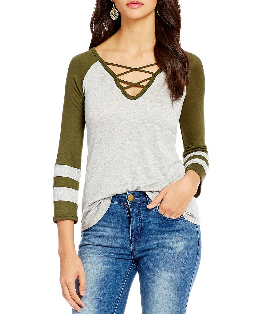 C&V Chelsea & Violet Lace-Up Henley Shirt