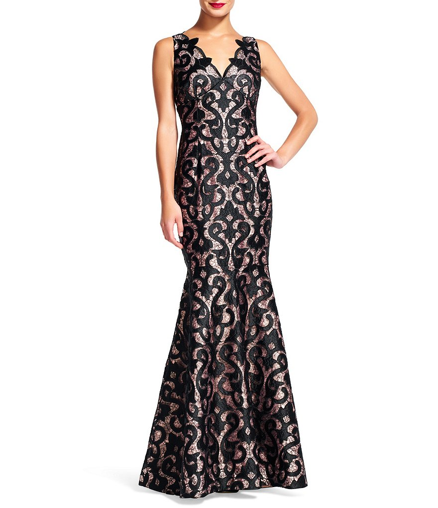 Adrianna Papell Sleeveless V-Neck Guipure Lace Mermaid Gown