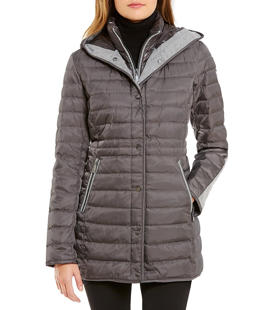 Vince Camuto Front Snap Hooded Quilted Down Coat