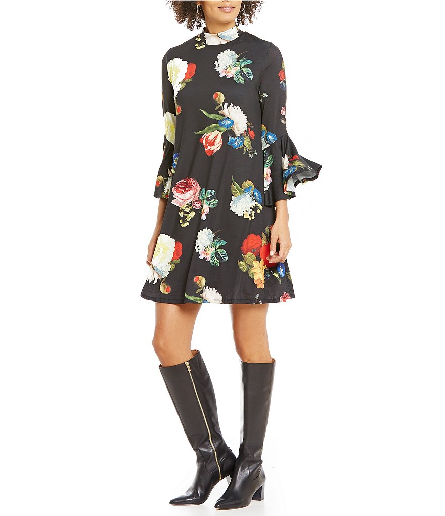 Gibson & Latimer Mock Neck Bell Sleeve Floral Printed Knit Dress