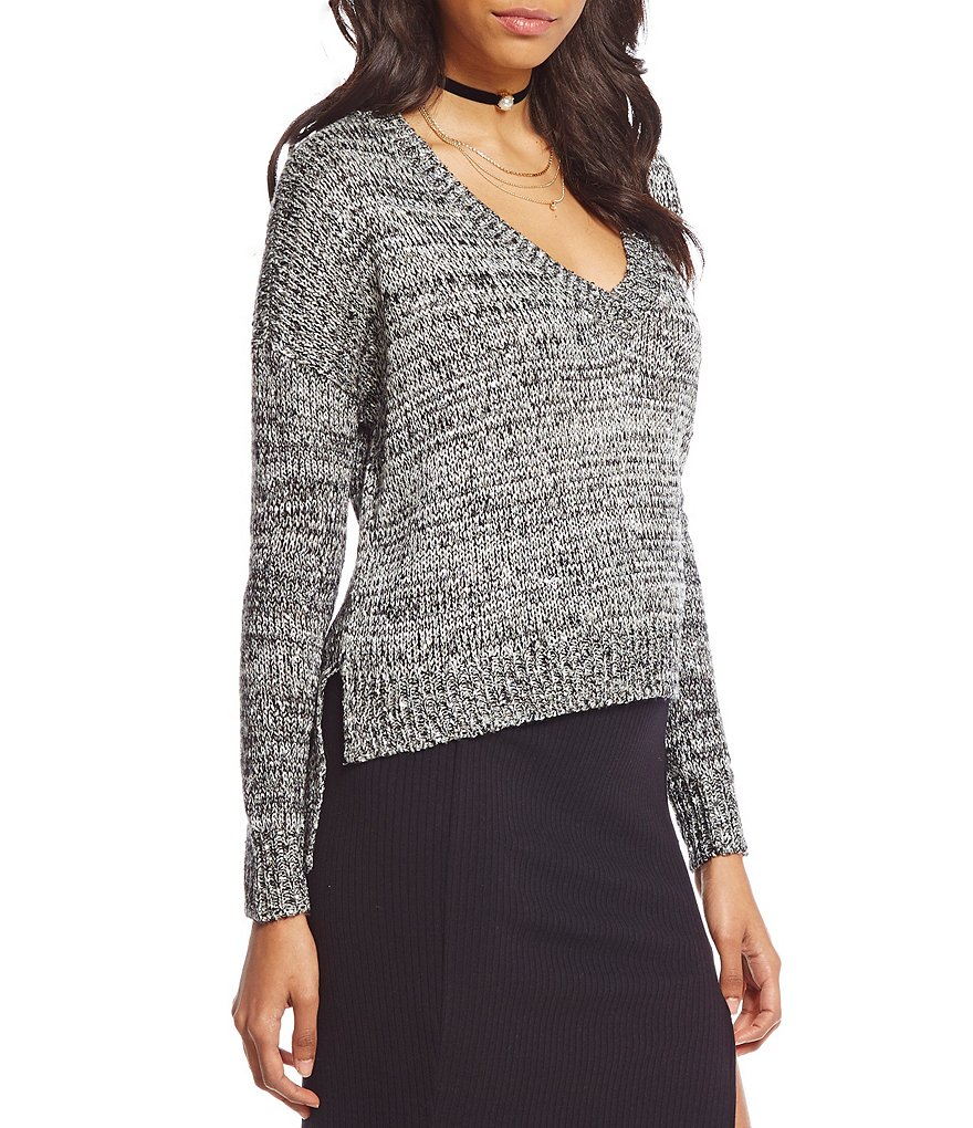 GB Sequin V-Neck High-Low Sweater
