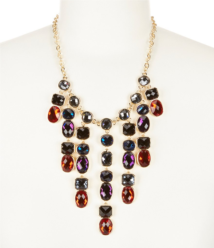 Dillard´s Tailored Stone Statement Necklace