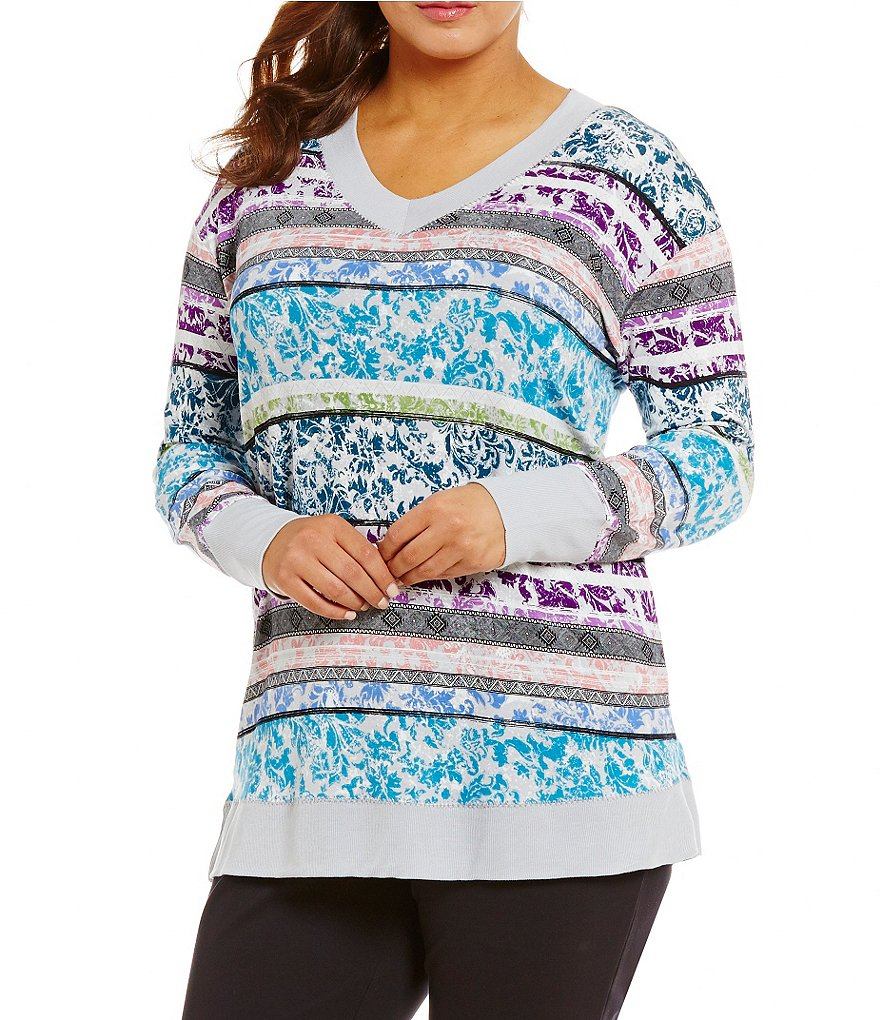 Westbound Plus Long Sleeve Printed Plush V-Neck Top