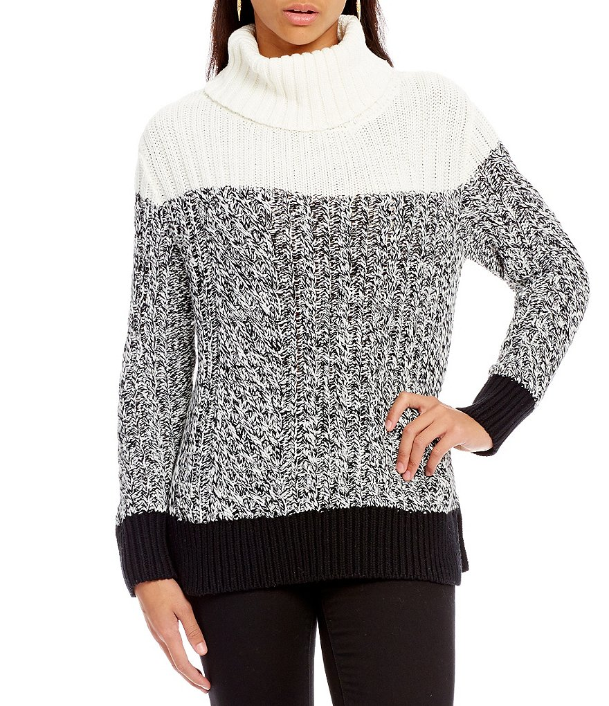 Two By Vince Camuto Textured Stitch Colorblock Turtleneck Sweater