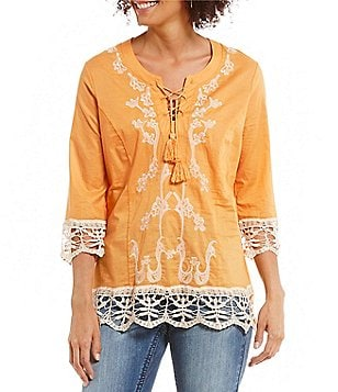 Reba V-Neck 3/4 Sleeve Lace-Up Embroidered Tunic