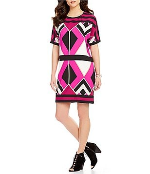 Gibson & Latimer Round Neck Short Sleeve Geo Printed Shift Dress