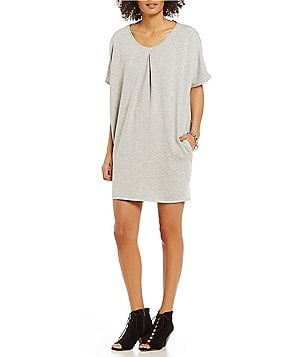 Gibson & Latimer Fleece Knit Short Sleeve On-Seam Pocket Sheath Dress