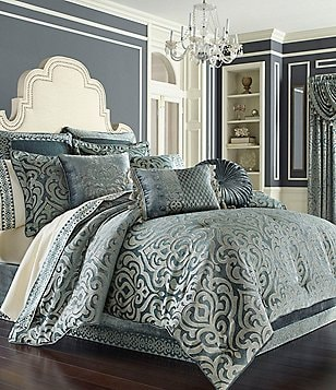 J. Queen New York Sicily Puffed Damask Comforter Set
