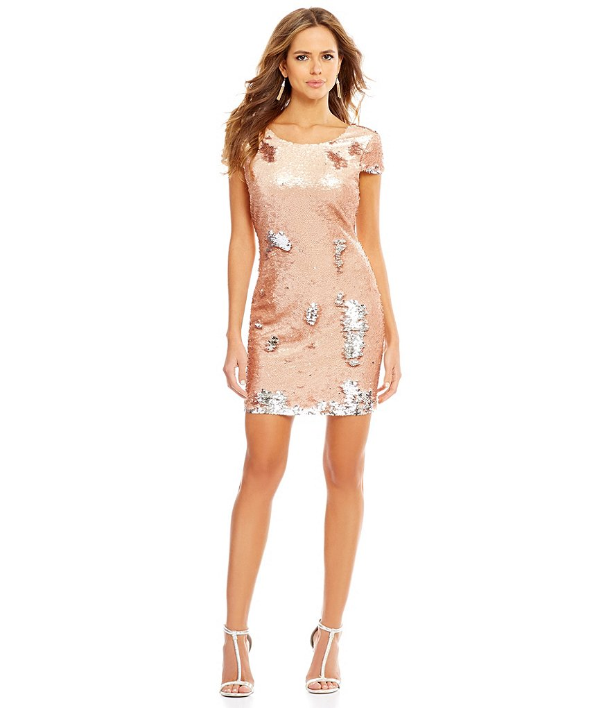 Gianni Bini Fiona Flip Sequin Short Sleeve Sheath Dress