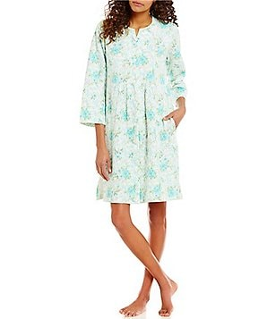 Miss Elaine Petite Floral Quilted Snap Robe