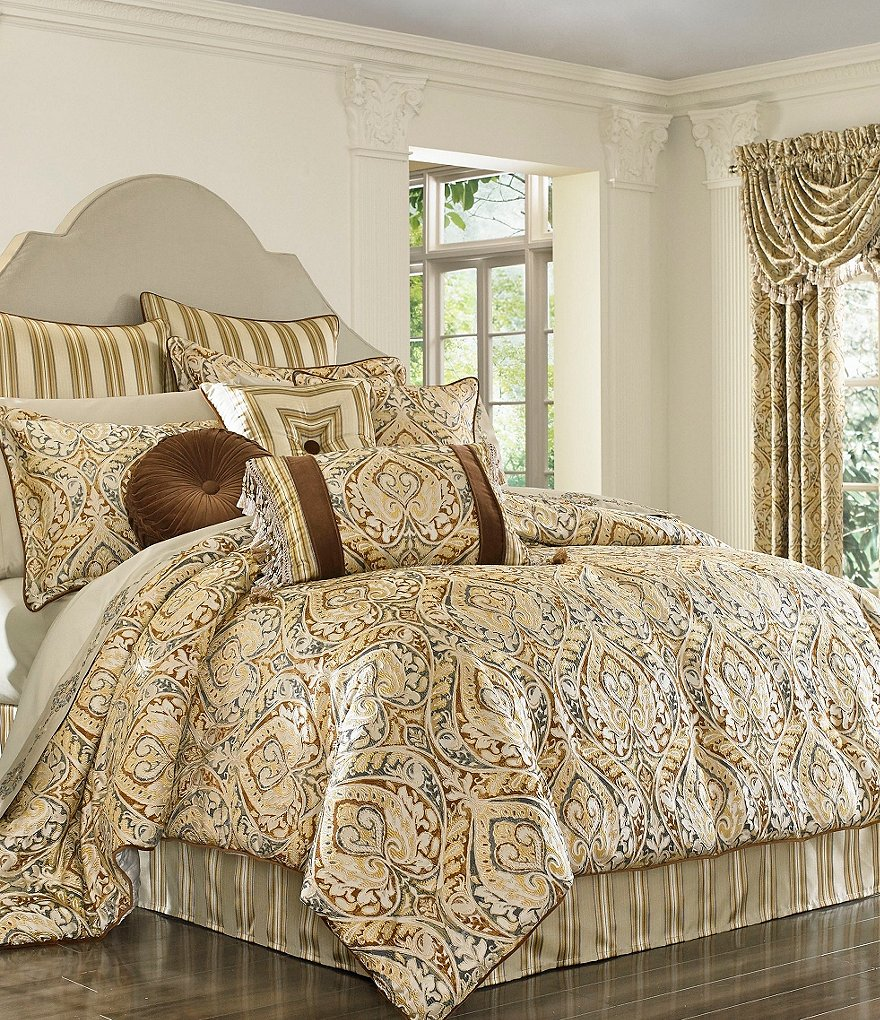 J. Queen New York Serenity Comforter Set