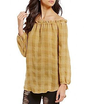 Blu Pepper Off-The-Shoulder Long-Sleeve Plaid Woven Top