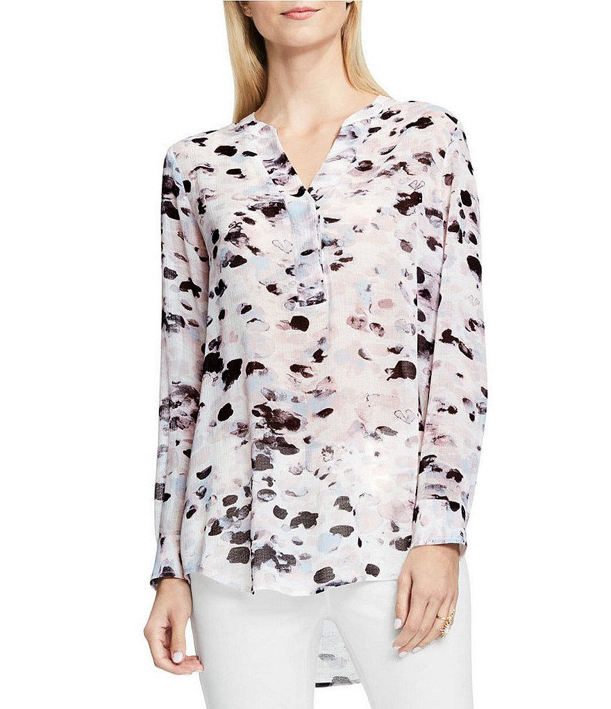 Vince Camuto Long Sleeve Dreamy Reflections Popover V-Neck Top