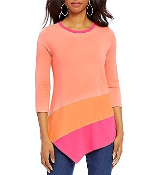 Westbound Crew Neck 3/4 Sleeve Asymmetrical Hem Printed Top