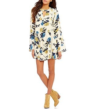 Blu Pepper Floral Printed Bell Sleeve Peasant Shift Dress