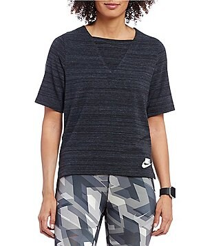 Nike Sportswear Advance 15 V-Neck Short Sleeve Knit Top