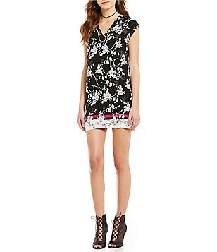 Buffalo V-Neck Short Sleeve Floral Sheath Dress
