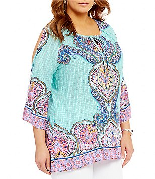 Calessa Plus Lotus Print Cold Shoulder Keyhole Top