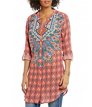 Tolani Chloe Printed V-Neck Long Roll-Up Sleeve Tunic