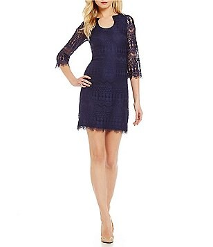 Jessica Simpson Horseshoe-Neck Lace Shift Dress