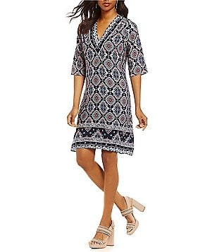 Gibson & Latimer Border Printed 3/4 Sleeve Shift Dress