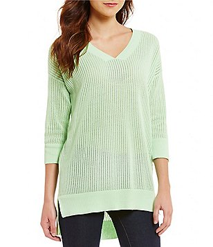 Cremieux Luca V-Neck 3/4 Sleeve Solid Knit Top