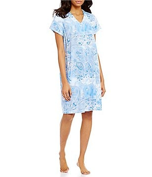 Miss Elaine Paisley Grip-Front Robe