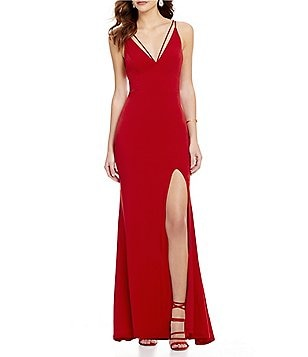 Jodi Kristopher Sleeveless Plunging V-Neck Long Dress