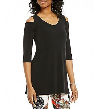 Eva Varro V-Neck 3/4 Sleeve Cold-Shoulder Solid Swing Tunic