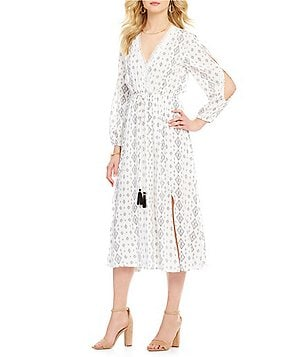 J.O.A. V-Neck Long Sleeve Cold-Shoulder Printed Midi Dress