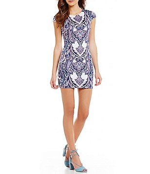 B. Darlin Paisley Print Sheath Dress