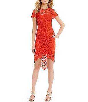 Vince Camuto Round Neck Short Sleeve Solid Scalloped Lace Sheath Dress