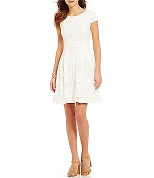 Cremieux Cady Crew Neck Cap Sleeve Lace Dress