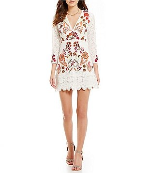 French Connection Legere V-NeckEmbroidered Lace Sheath Dress