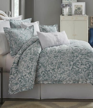 Southern Living Dunmore Floral Scroll Satin Comforter Mini