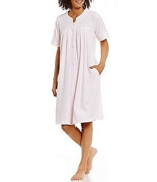 Miss Elaine Embroidered French Terry Grip-Front Robe