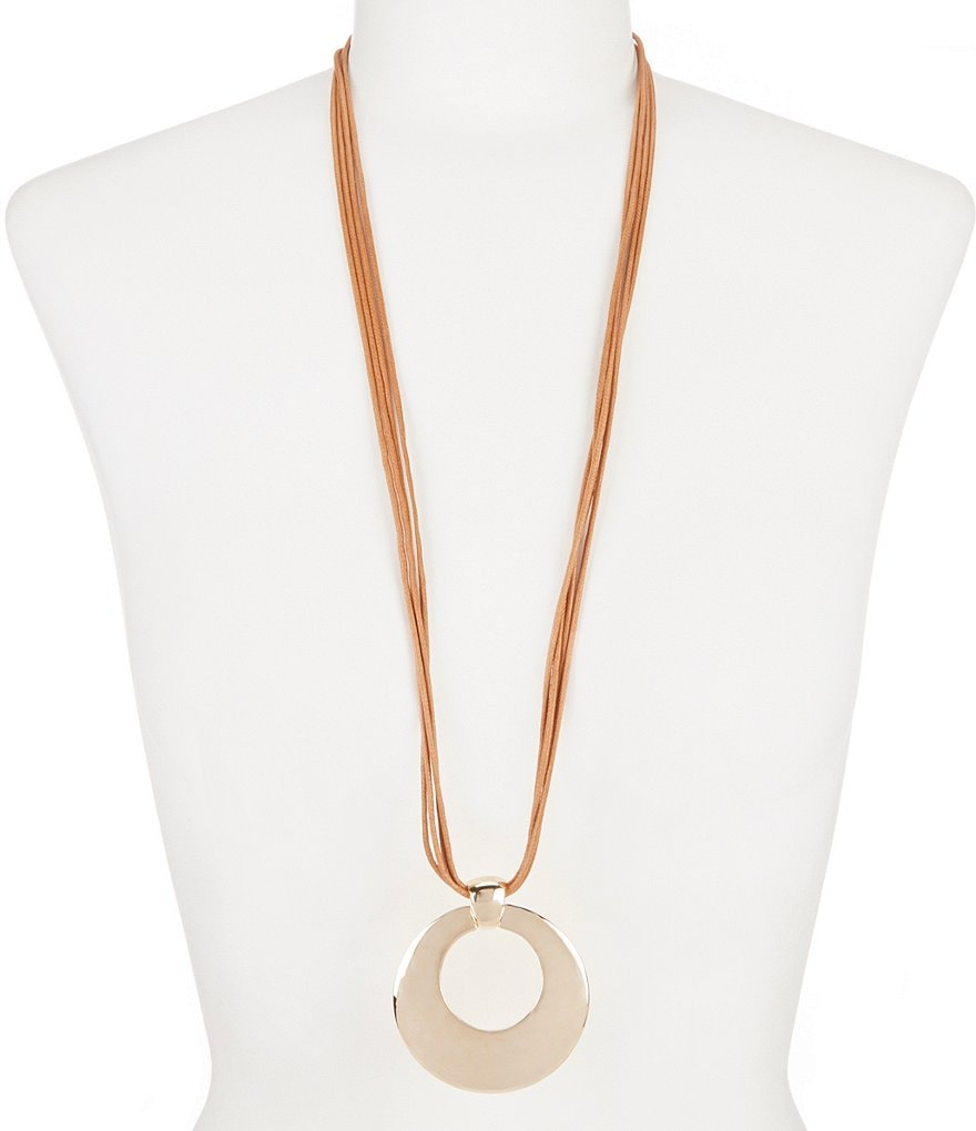 Dillard´s Tailored Long Pendant Necklace