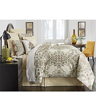 Villa by Noble Excellence Fontana Floral Medallion & Ogee Comforter Mini Set
