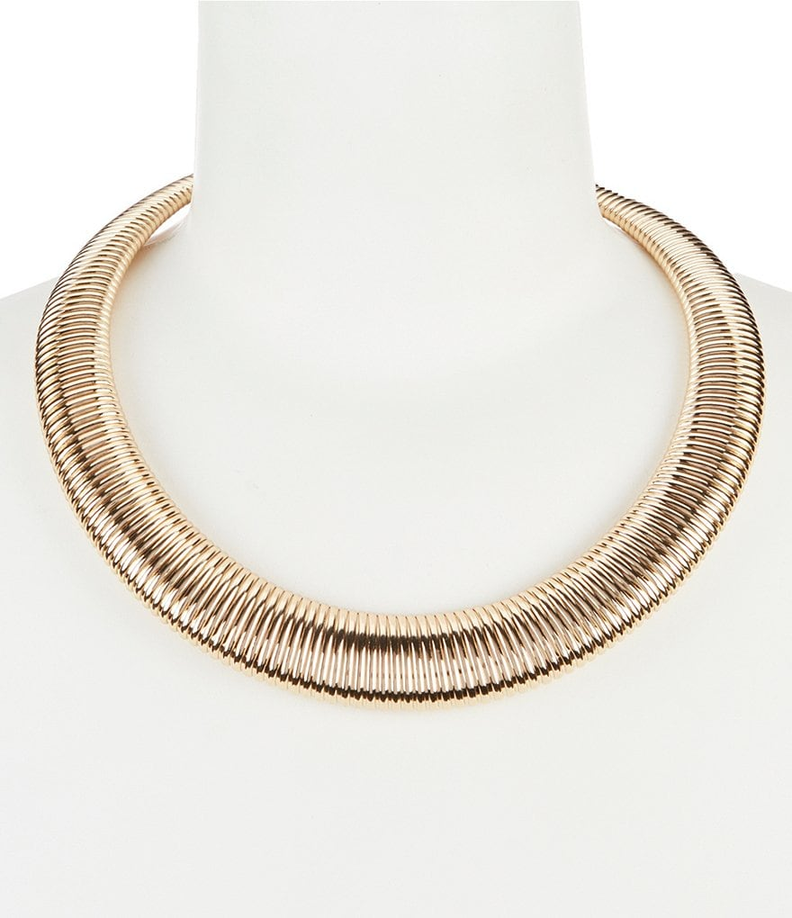 Dillard´s Tailored Omega Collar Necklace