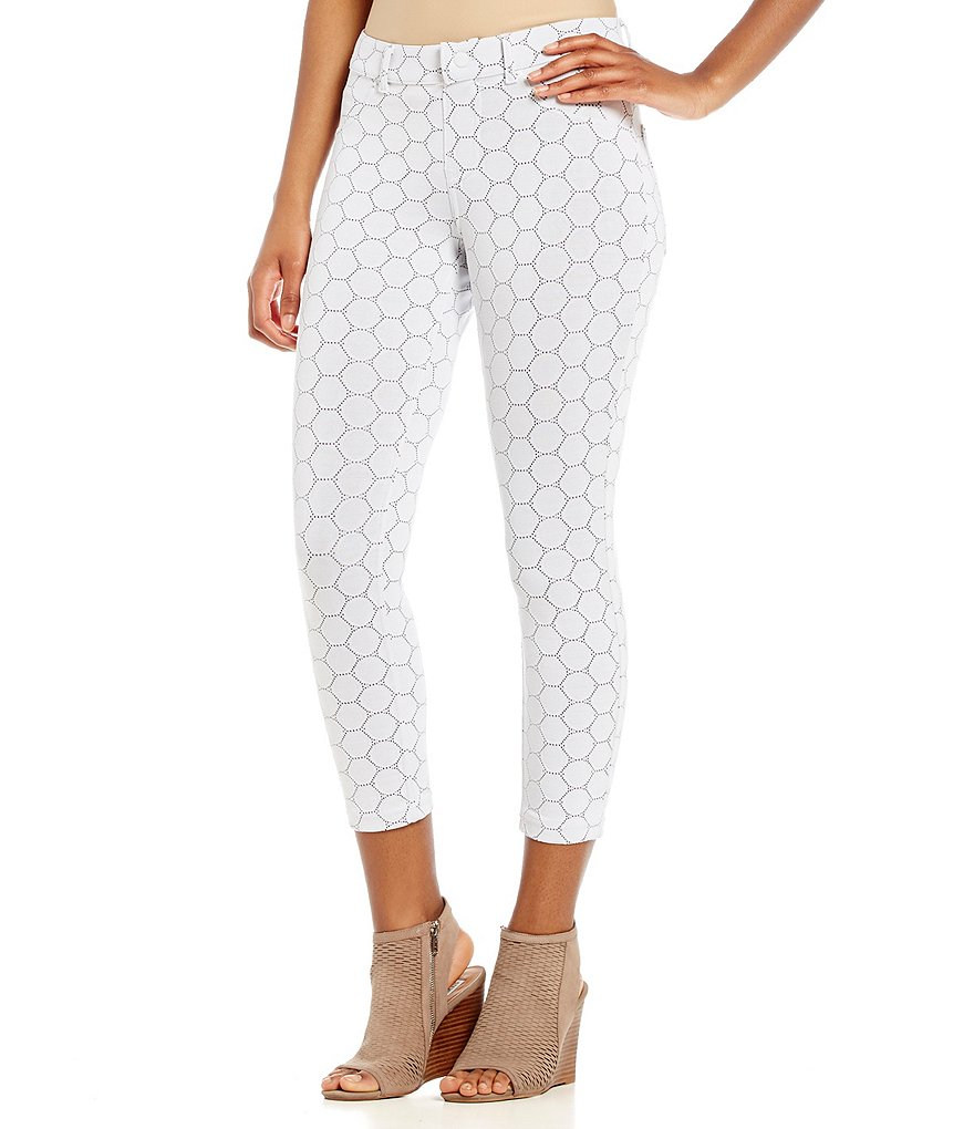 HUE Circlet Faux-Eyelet Capri Leggings
