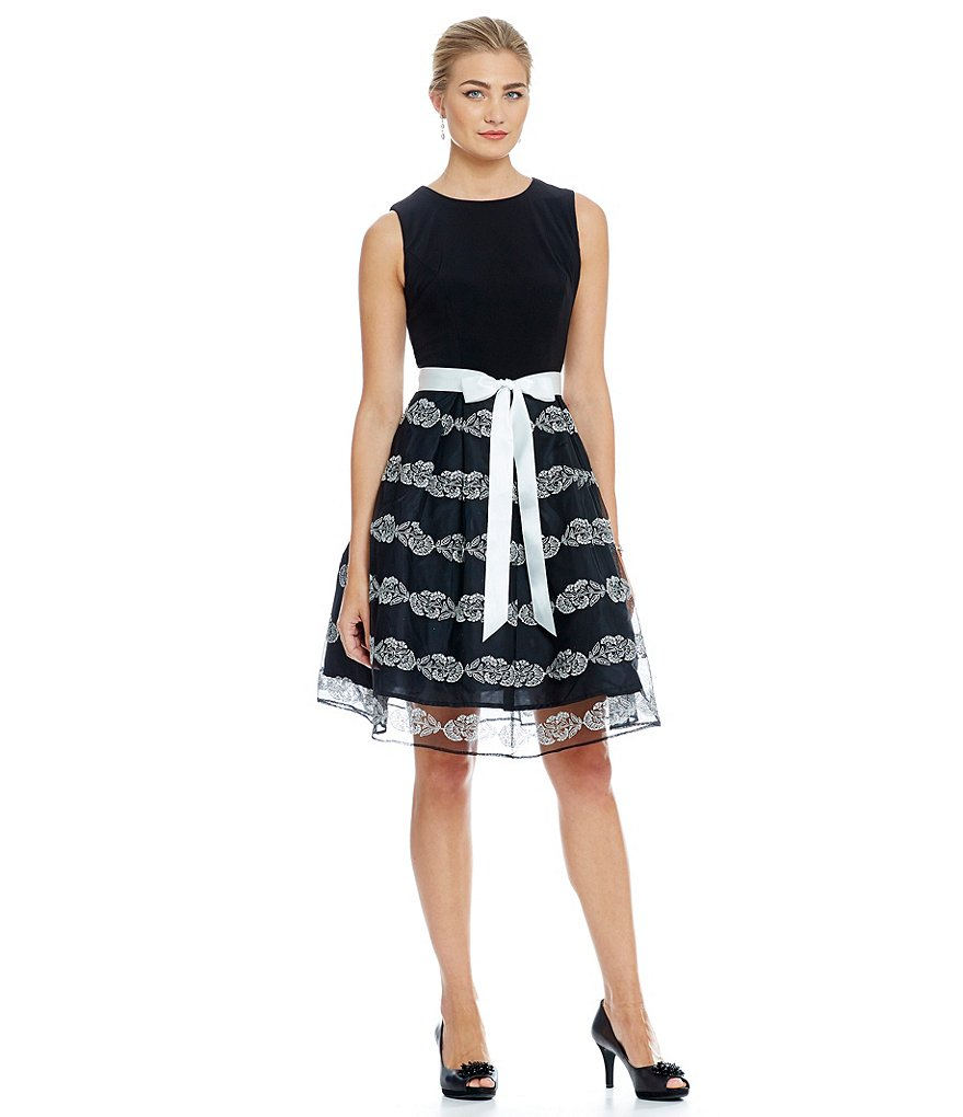 Leslie Fay Sleeveless Mixed Media Belted Dress