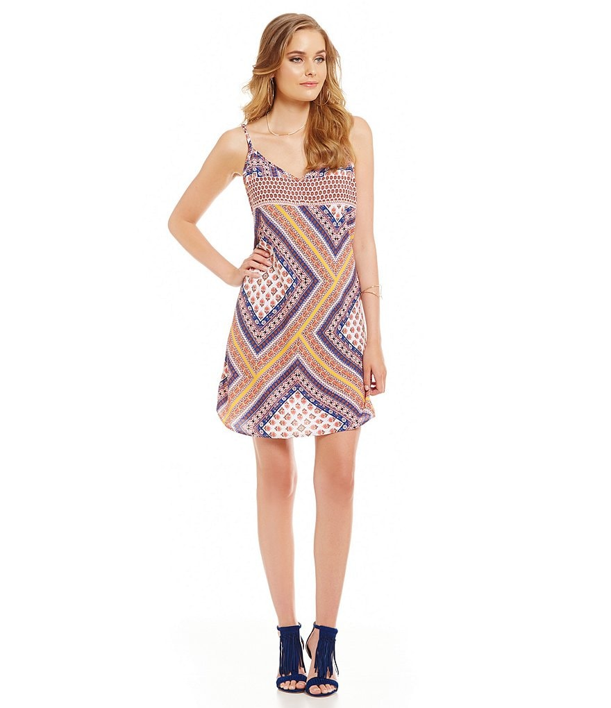 Skies Are Blue Groovy-Print V-Neck Sleeveless Dress